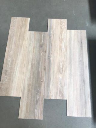 Houtlook tegels 30x120 cm licht beige grijs DC87