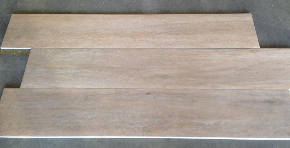 Stenen Vloeren Houtlook : Houtlook tegels cm a licht beige tegeloutlet tiel